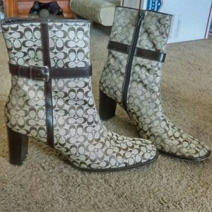 Coach woman's boots